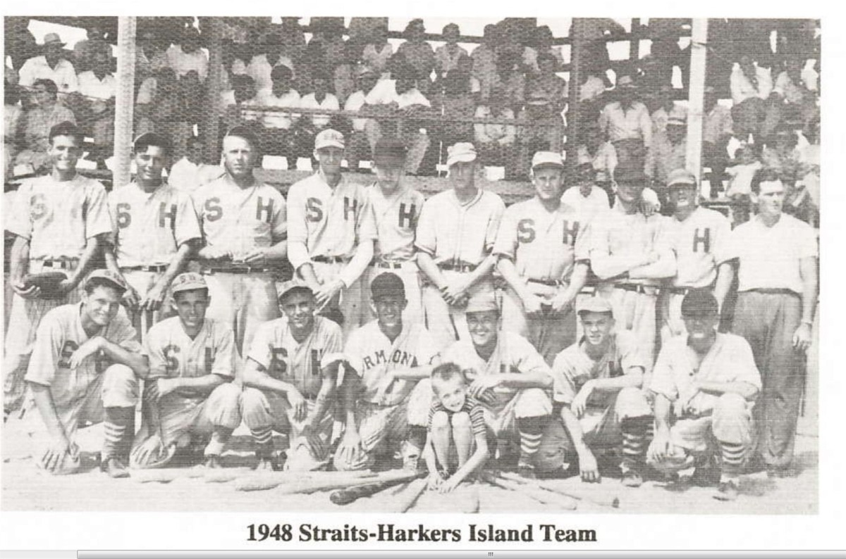 HI Straits Baseball Team 1948